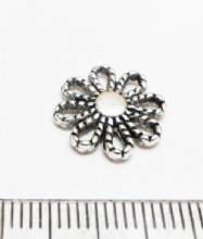 Tibetan Style Silver flower connector link x12. 13mm.